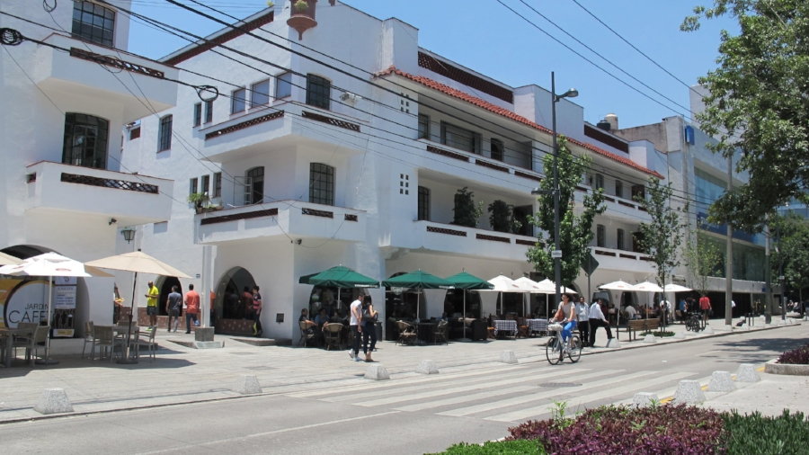 Polanco oozes opulence with upscale shops and restaurants