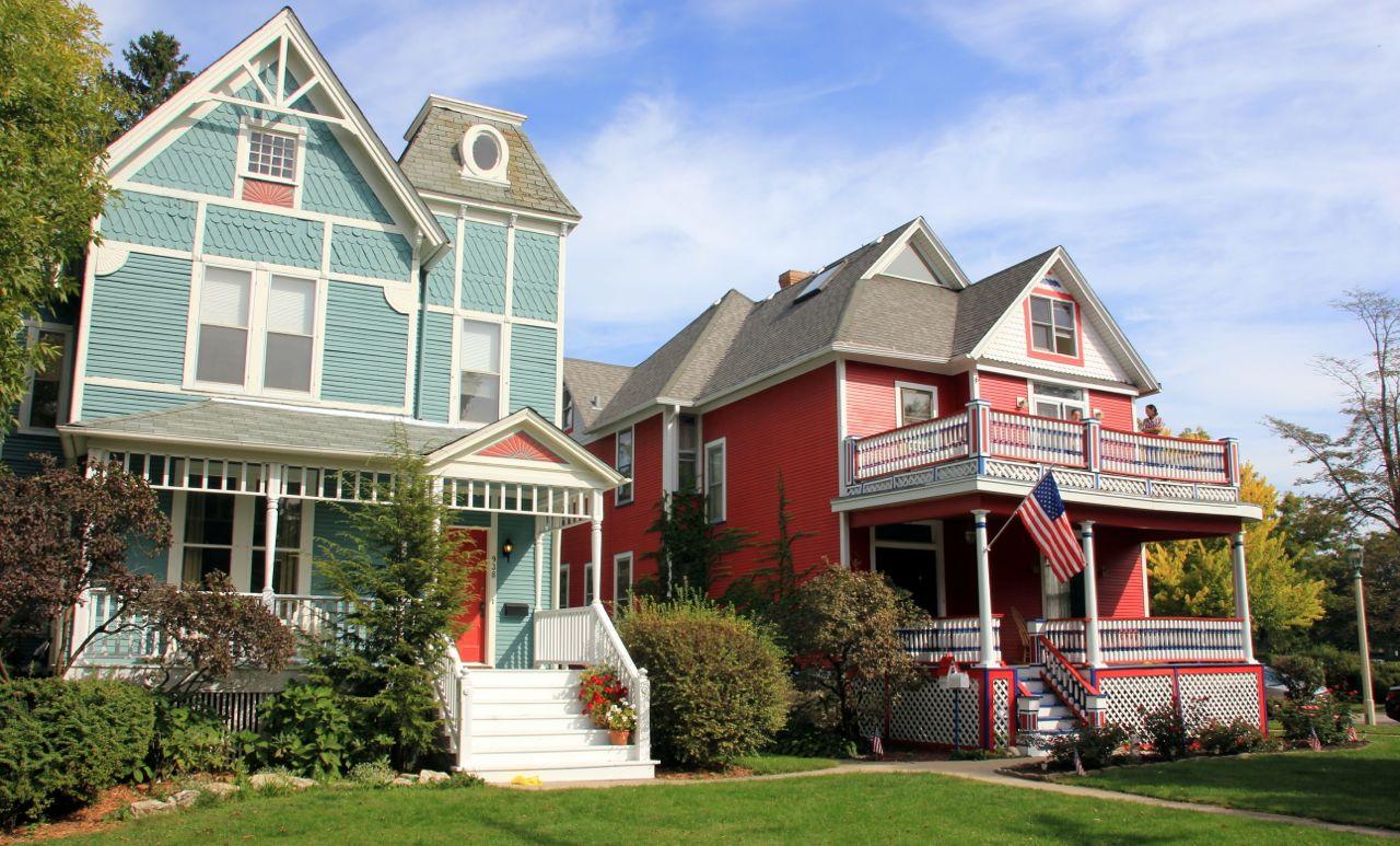 Oak Park Homes.jpg