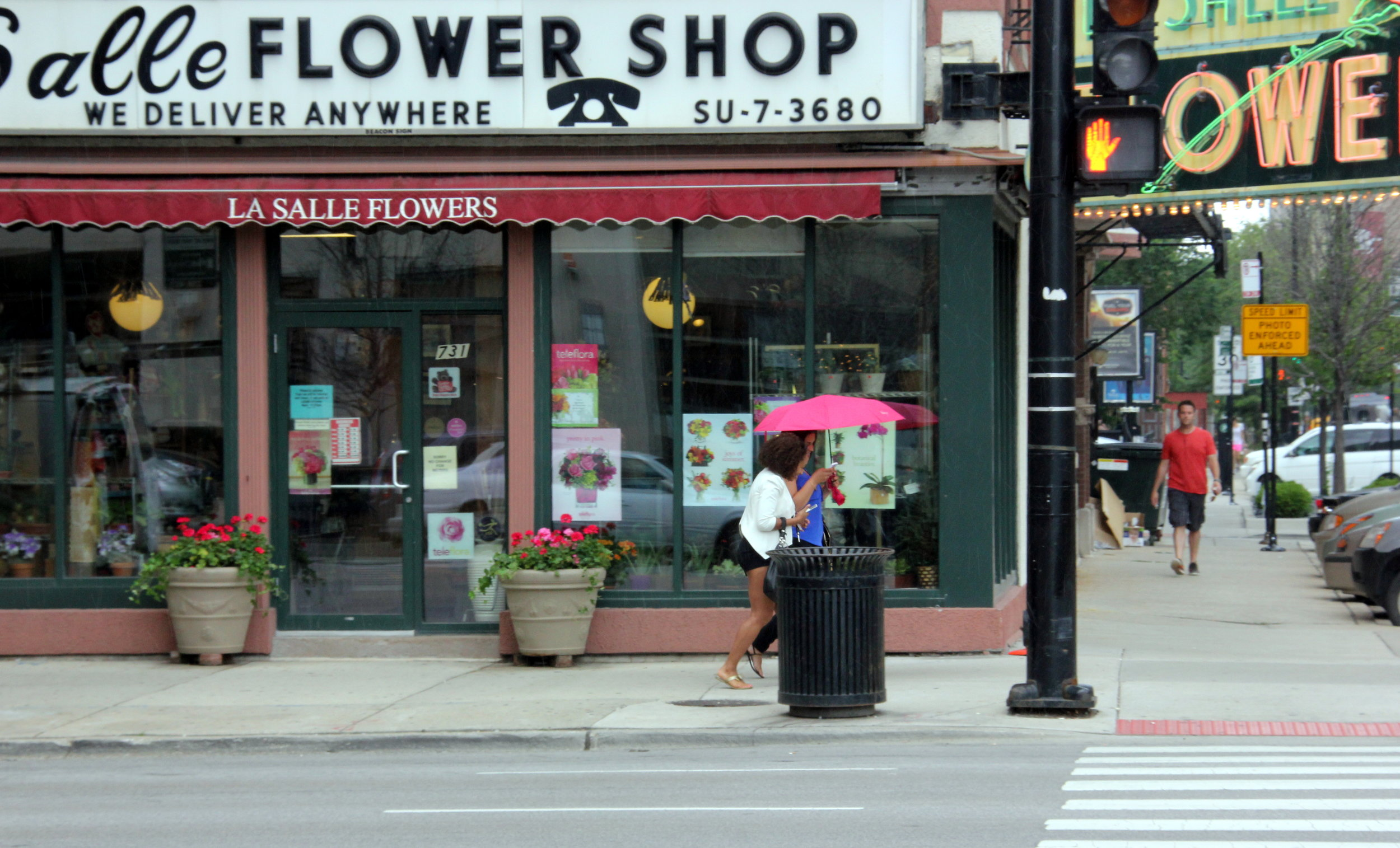 Flowershop.JPG