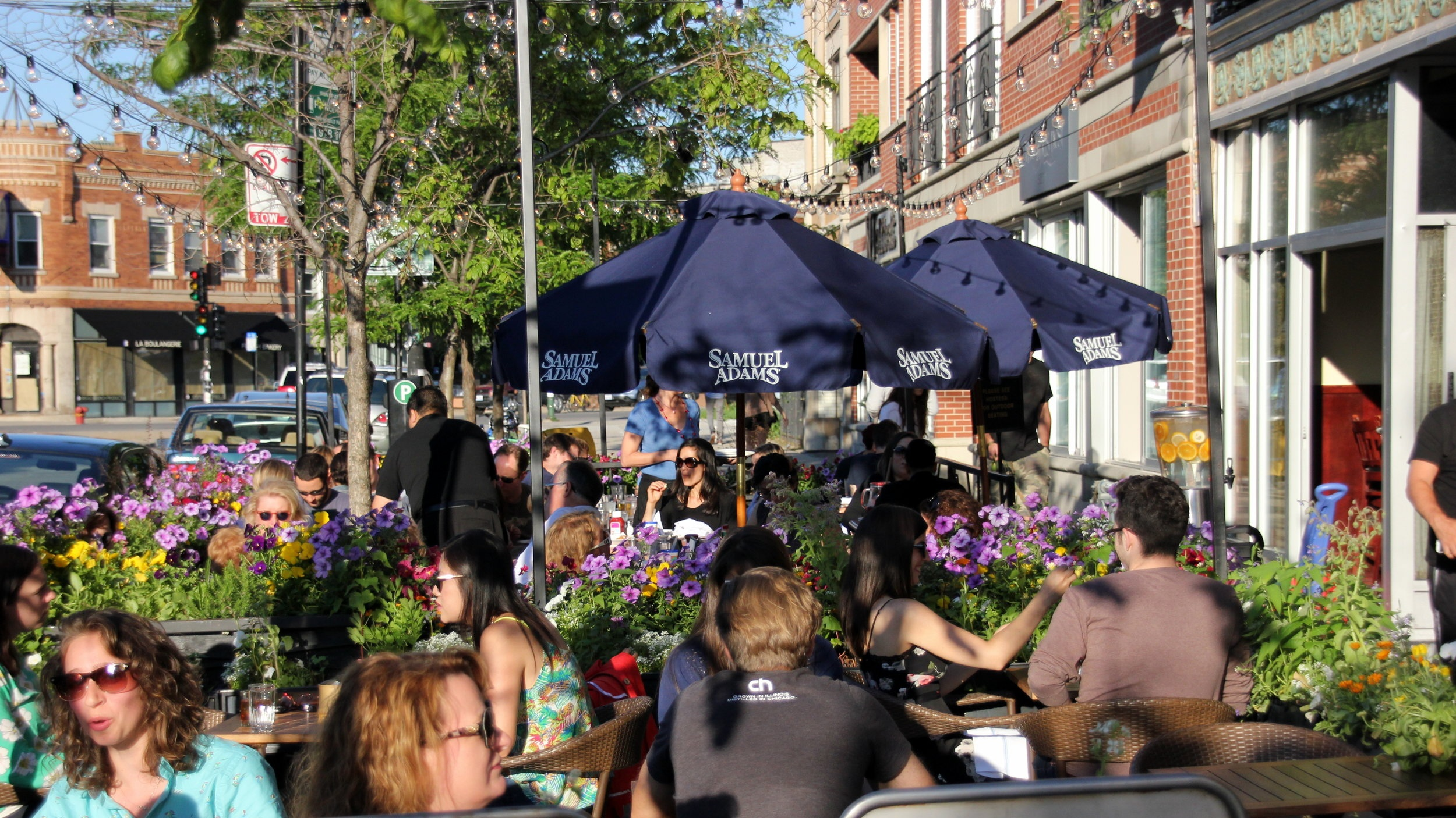 Brunching on Sunday is a popular activity in Logan Square