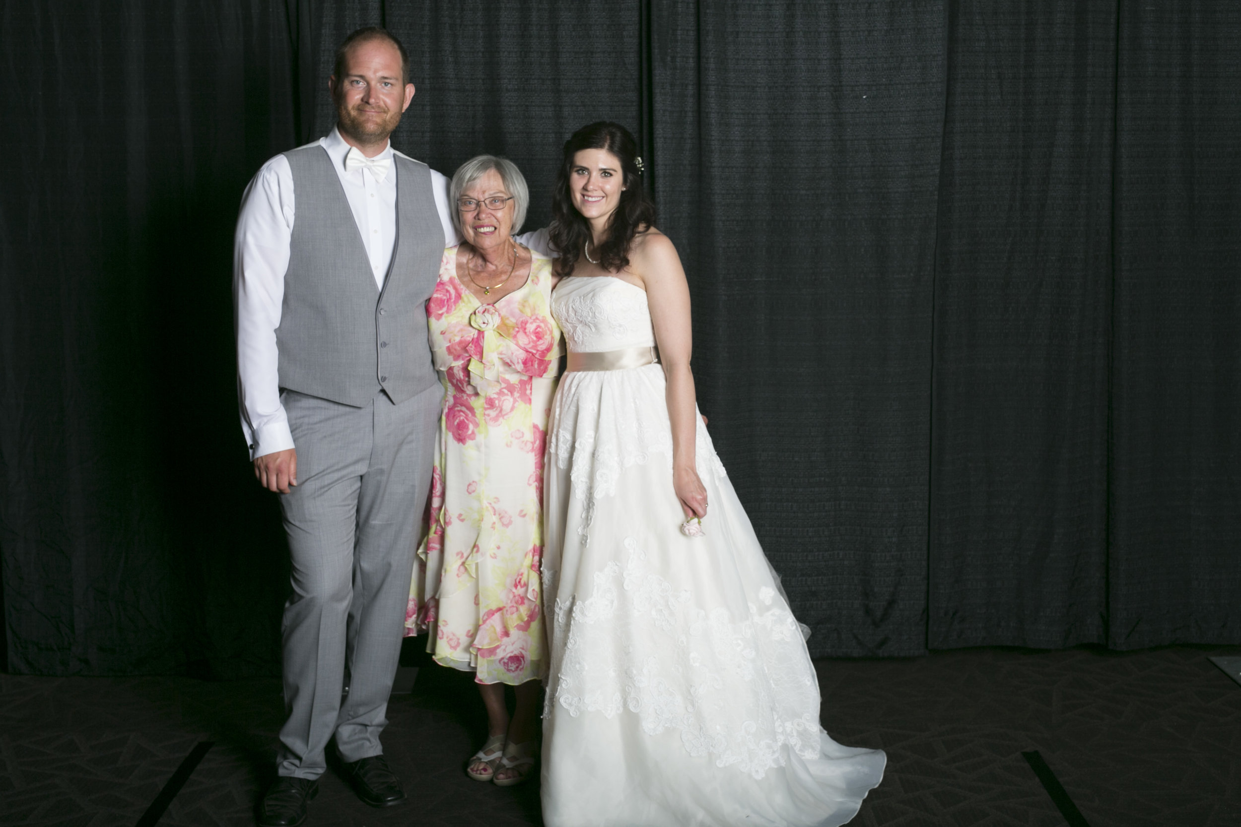 wedding photo booth-102.jpg