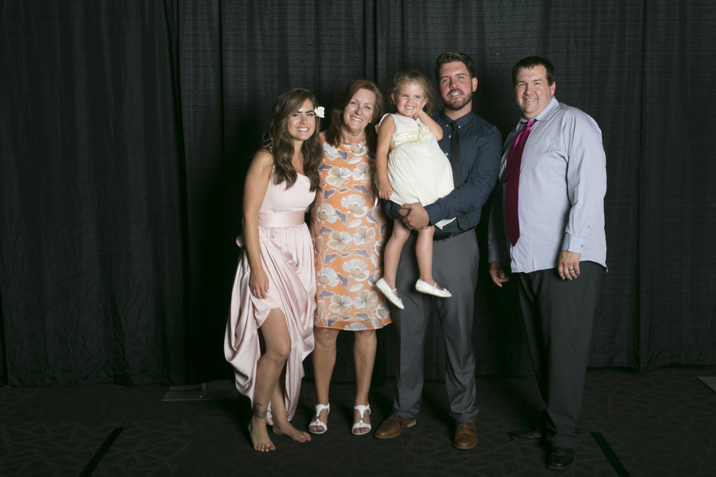 wedding photo booth-128.jpg