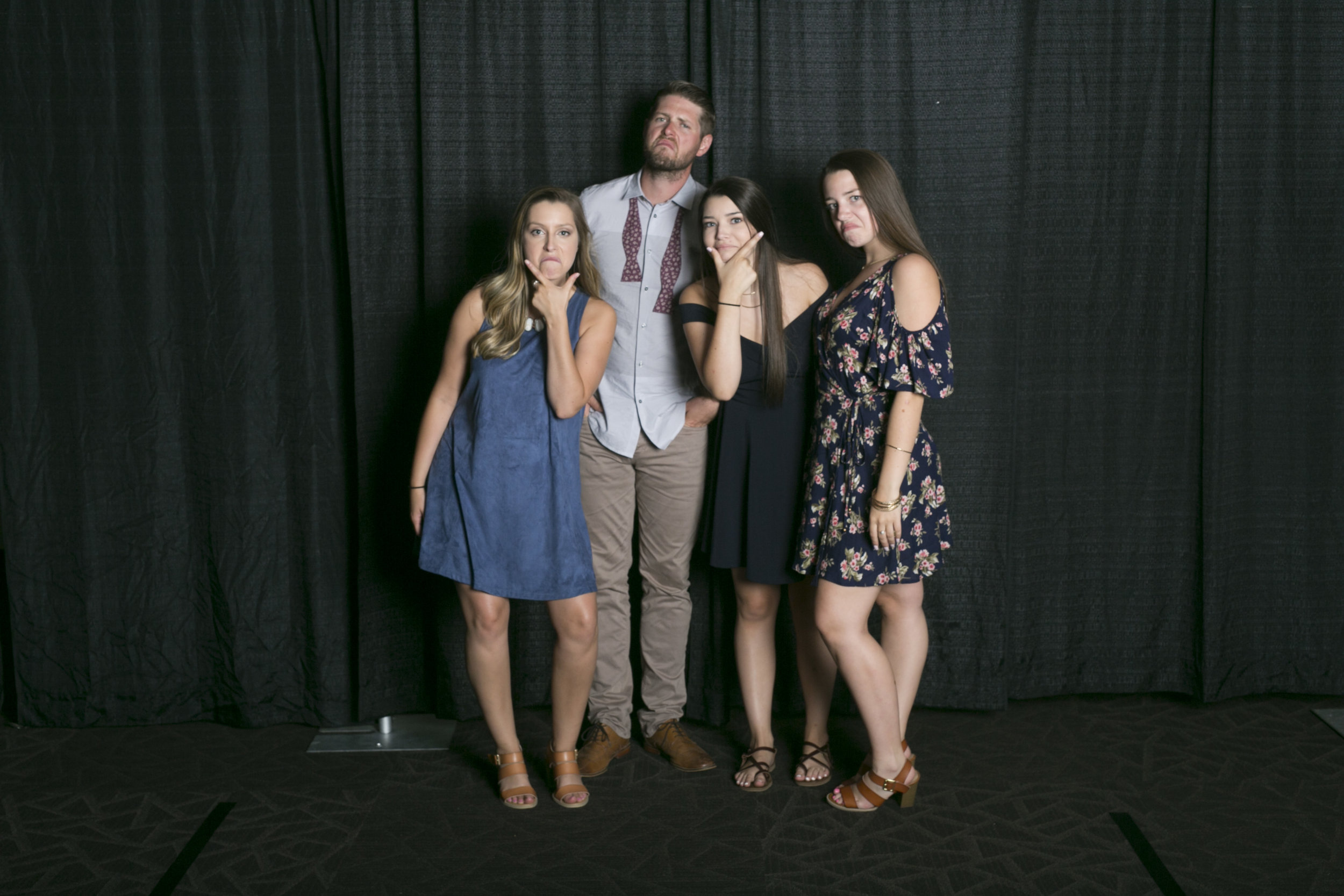 wedding photo booth-140.jpg