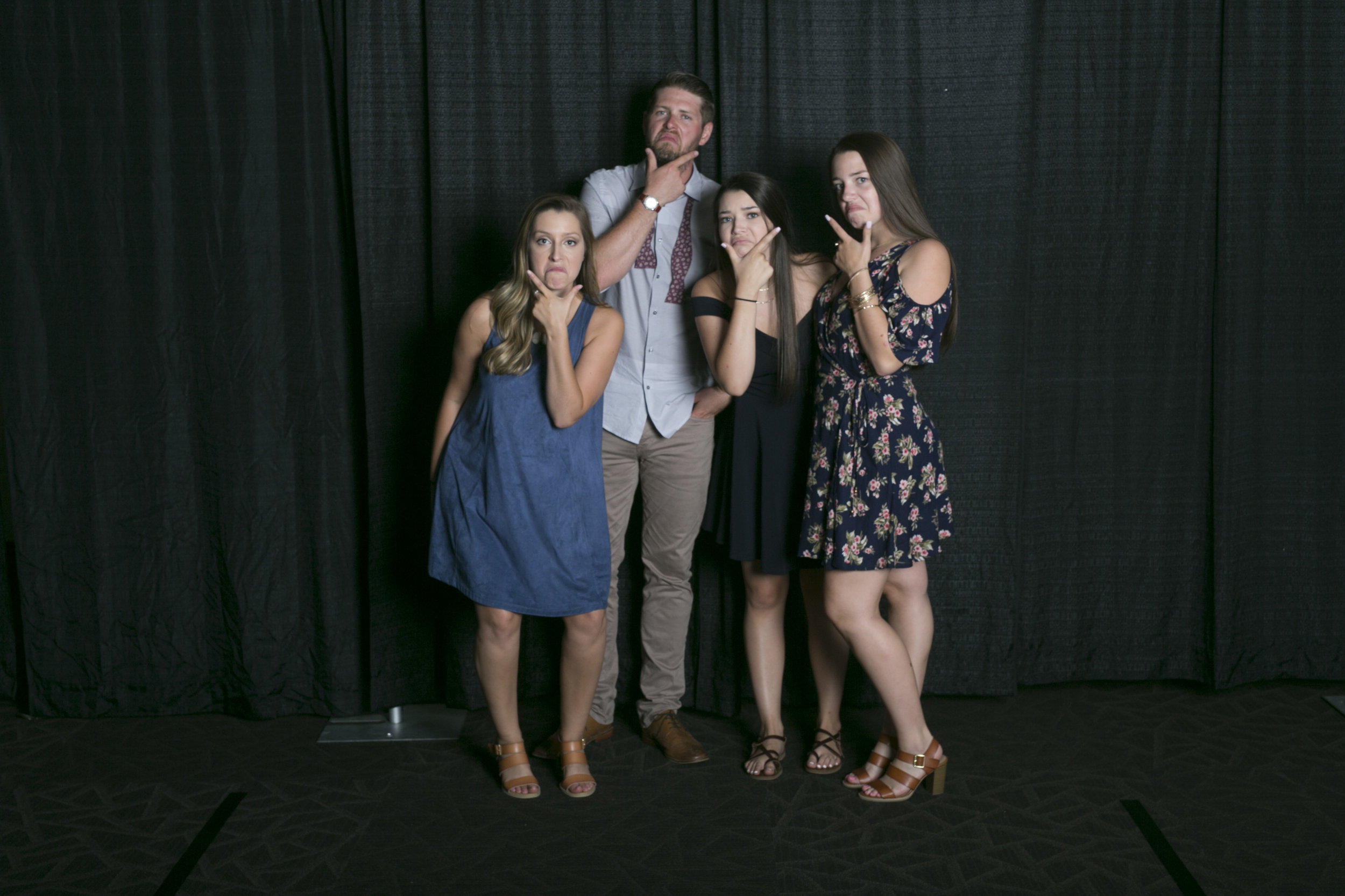 wedding photo booth-141.jpg
