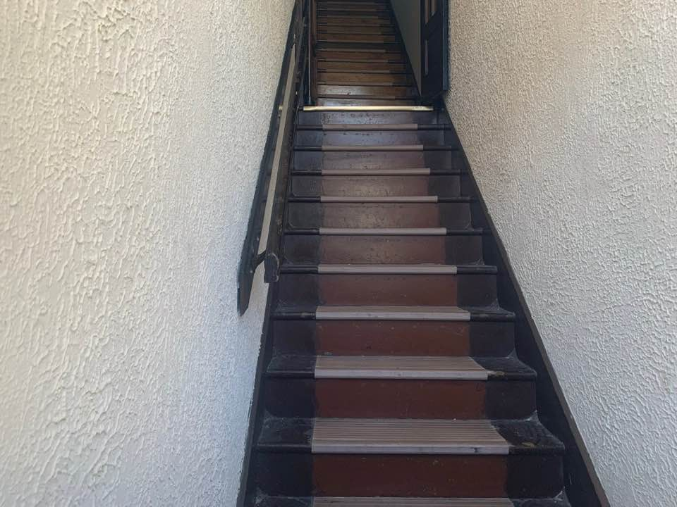 The steps to my grandparents' flat in the Geiger building. Lots of memories running up and down these steps. And yes — it hurt to touch the walls.