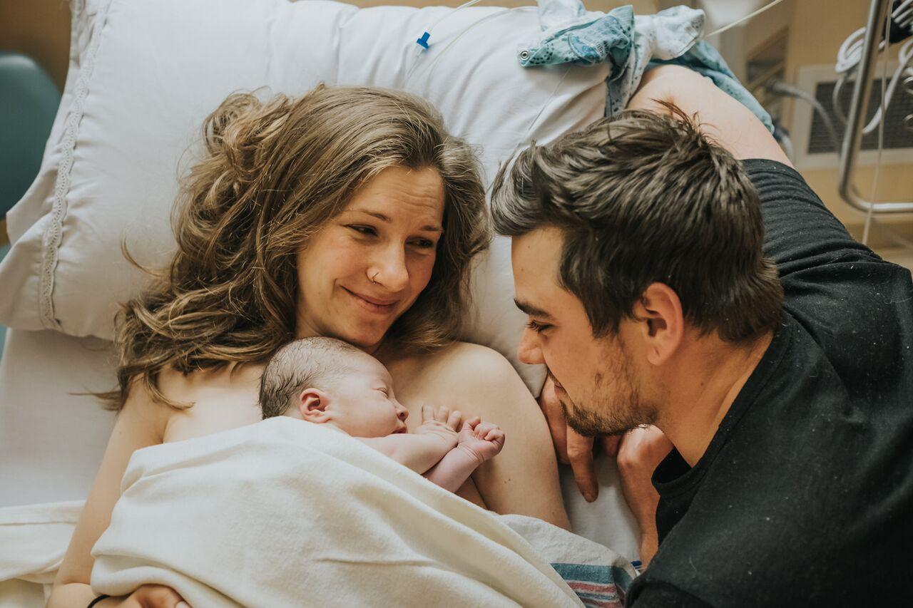 rvh doula services barrie ontario birth photographer