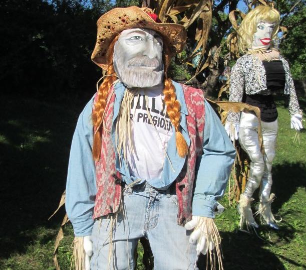 Photo :  scarecrowinvasion.com