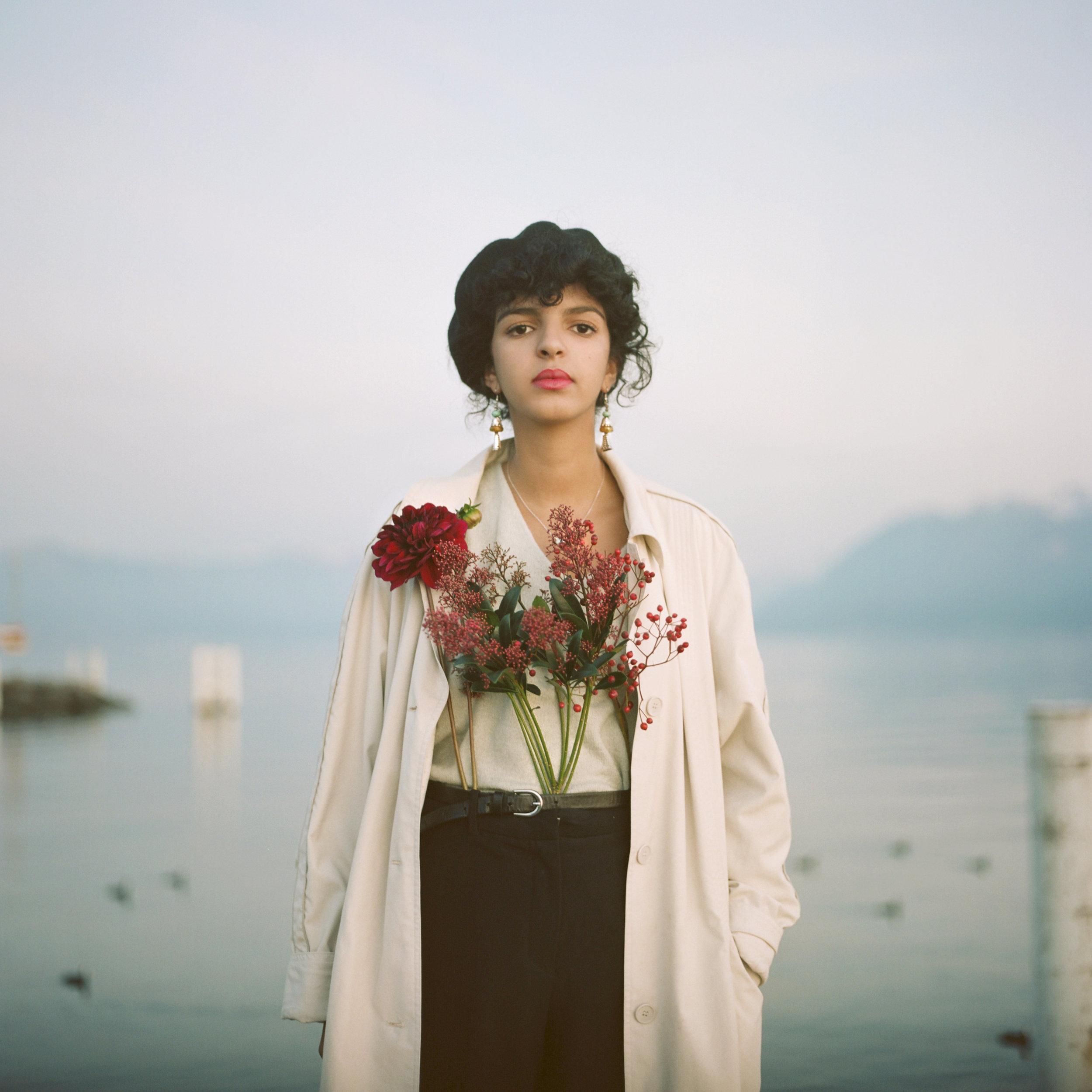 Zineb-Lausanne-Women-Flowers-Christina-Arza.jpg