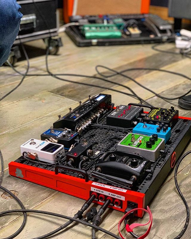 @s3an88 killer pedal board at @southernweatherband live rehearsals