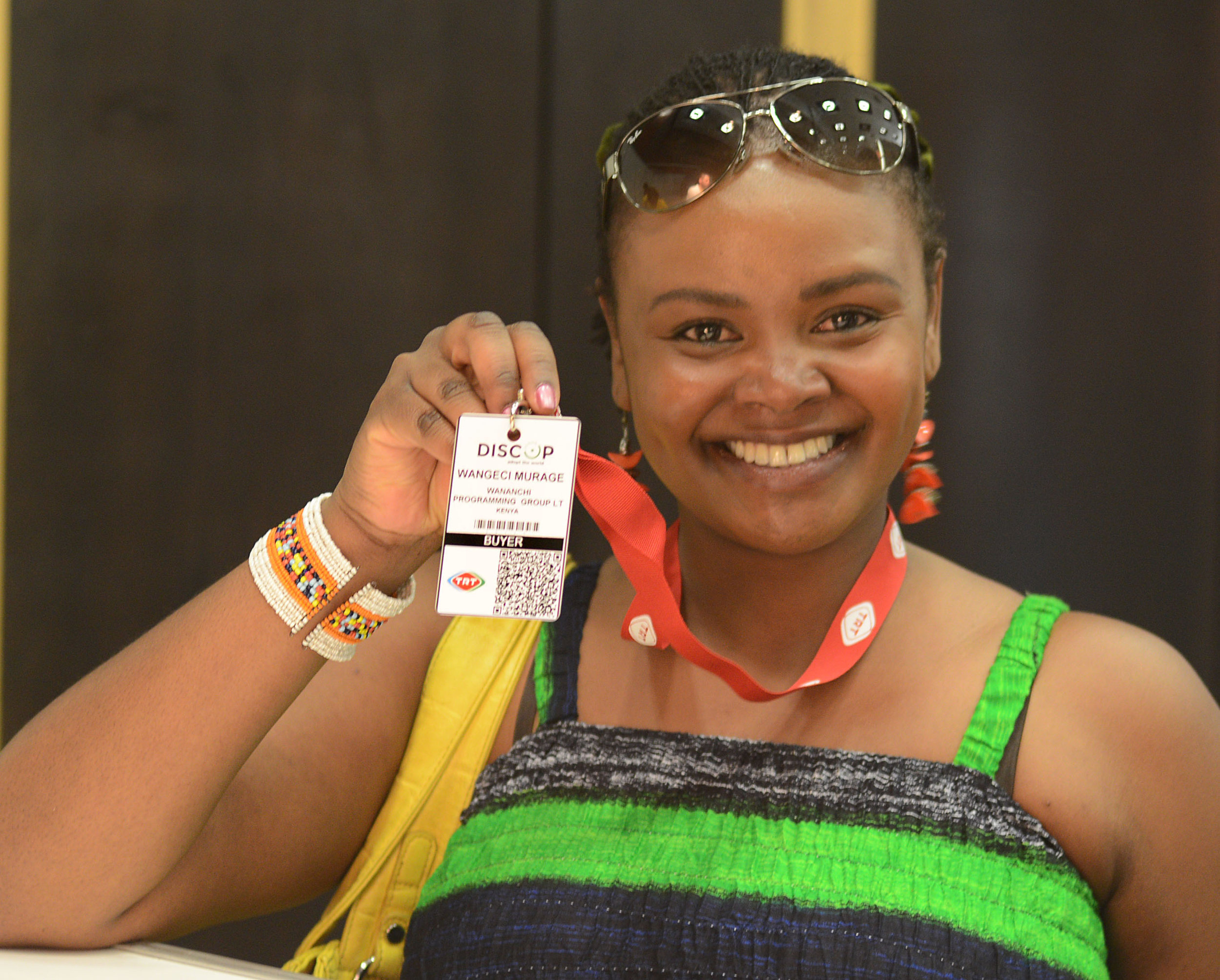 Worn by all participants, anywhere, anytime during the 3-day market, the market badge is one of the most visible property and is handed to each delegate upon registration. This offer also includes the branding of the lanyards.