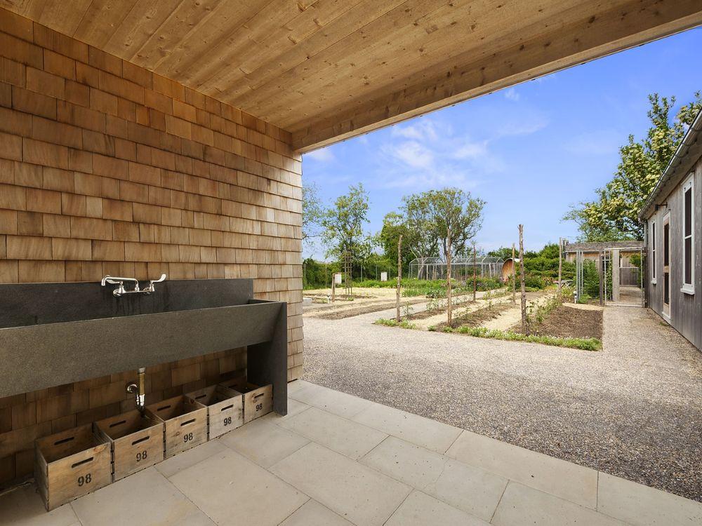 Classic Farm Style Sagaponack Estate Hits Market for $9.95 Million 98 Daniels Lane