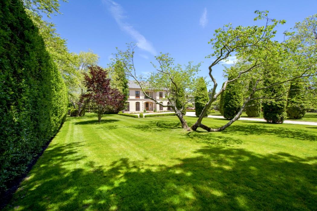 Featured Listing: A European Estate on a Southampton Ox Pasture Asks $13.5 Million
