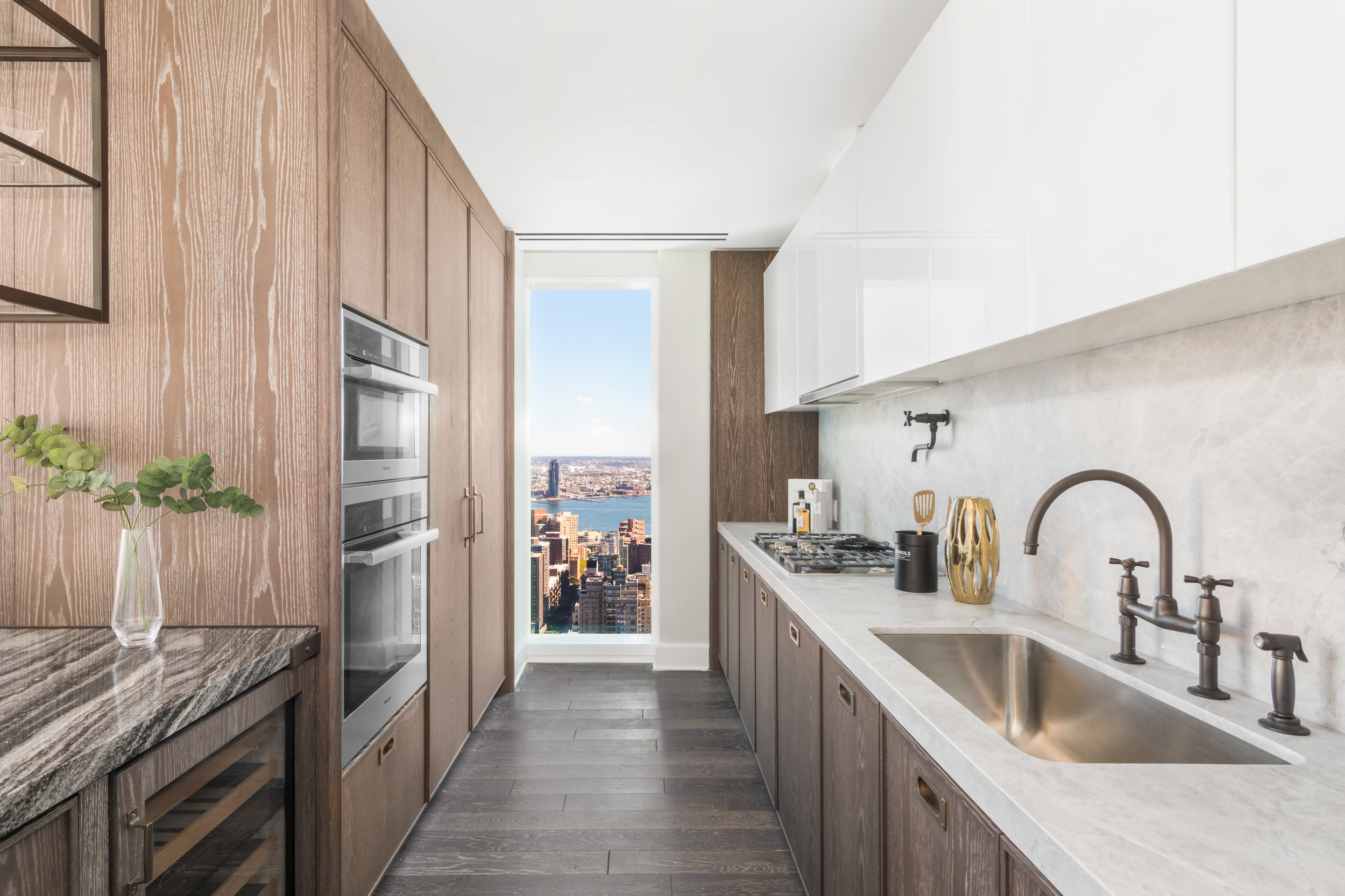 Tour The Newly Unveiled Sky-High Duplex At The Kohn Pedersen Fox-Designed Madison Square Park Tower