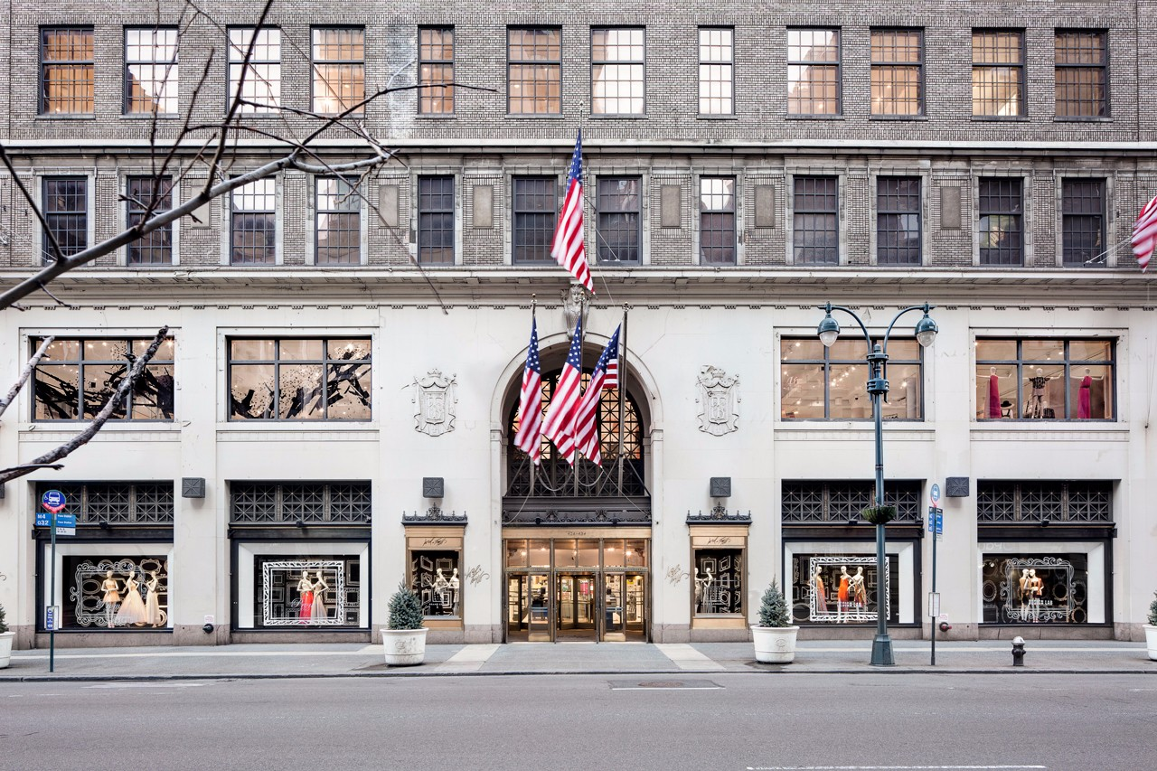 Hudson's Bay Company To Sell Landmark 5th Avenue Lord & Taylor Building To WeWork
