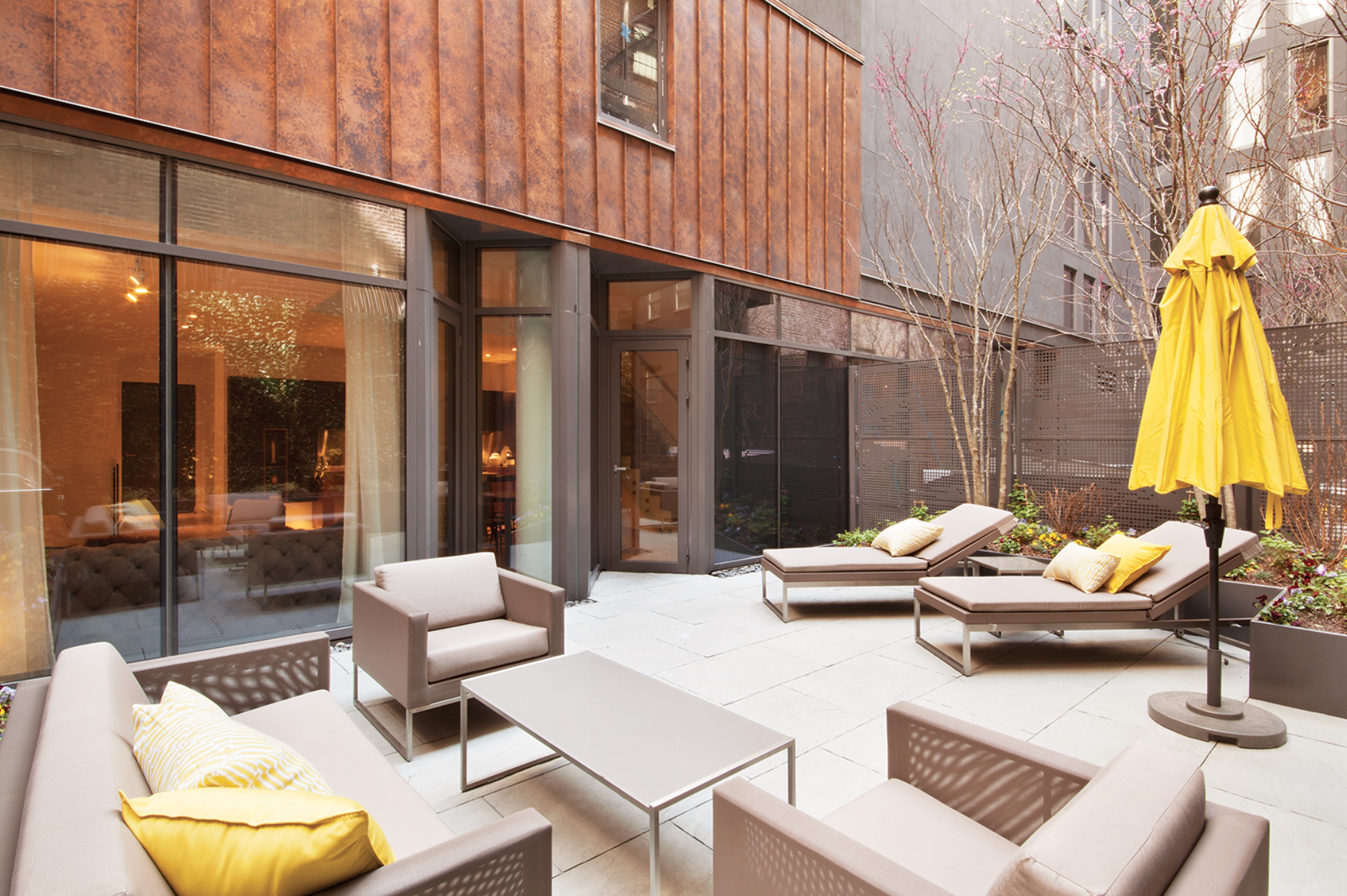Check-Out This Modern Townhouse At The ODA-Designed 15 Renwick