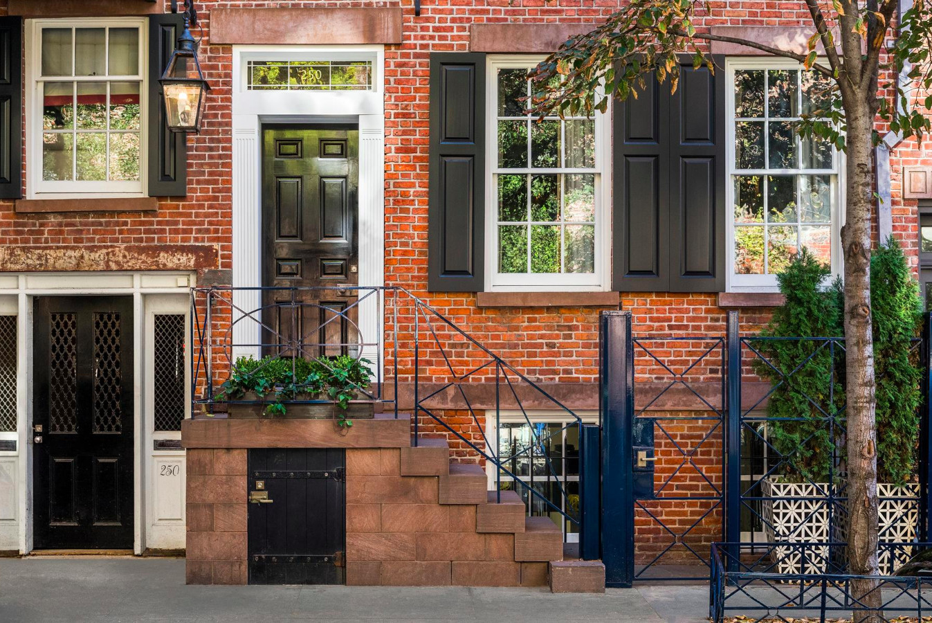Explore This Uber-Luxurious 200-Year-Old West Village Townhouse Asking $11.25 Million