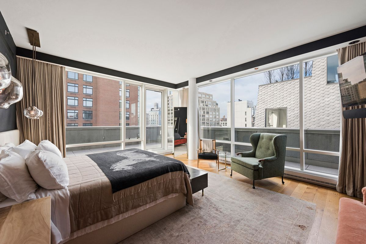 Justin Timberlake & Jessica Biel List Penthouse at the Star-Studded SoHo Mews for $7.995 Million