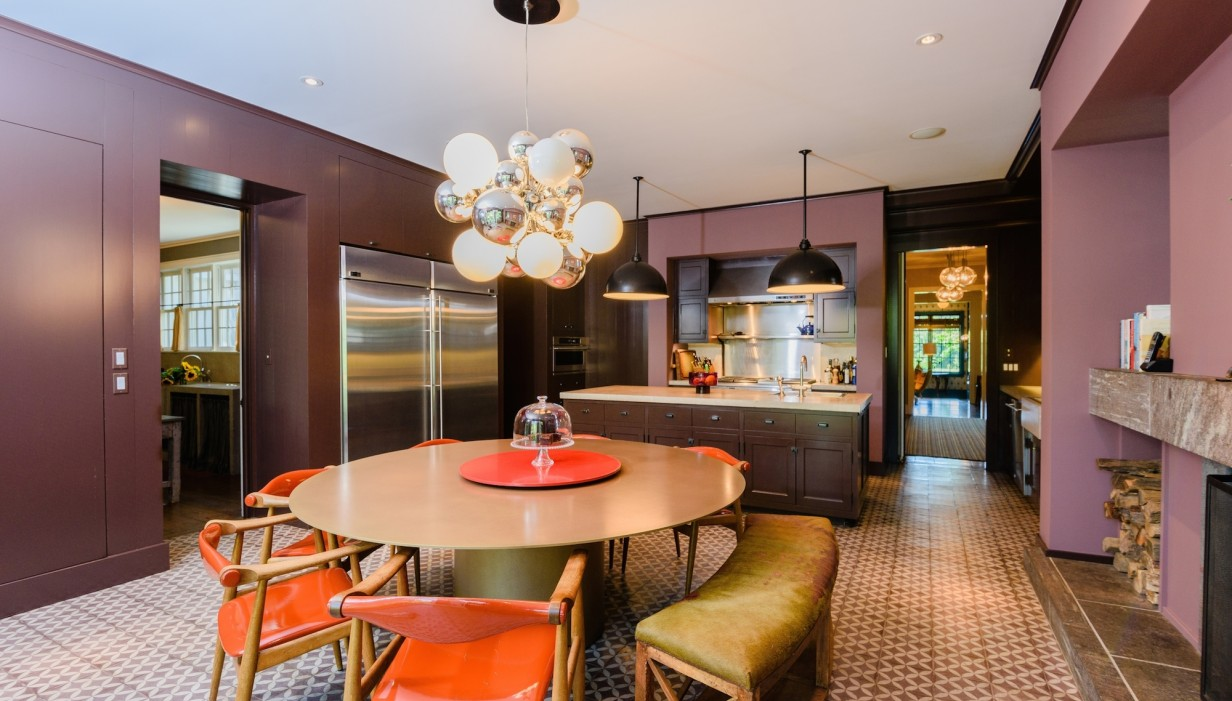 Matt Lauer Just Cut The Price of His Hamptons Mansion Again, Now Asking $12.75 Million in Sag Harbor