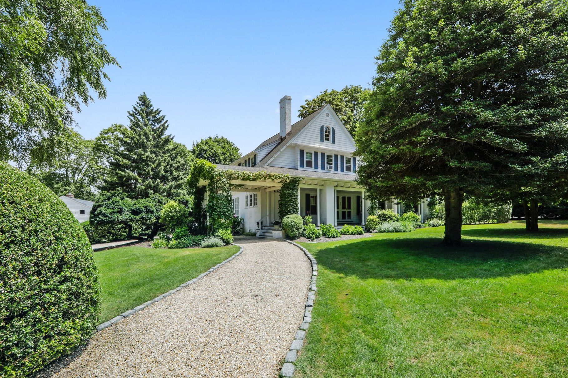 One Of The Gimbel Family's Former Water Mill Estates Sells For For $5.4 Million