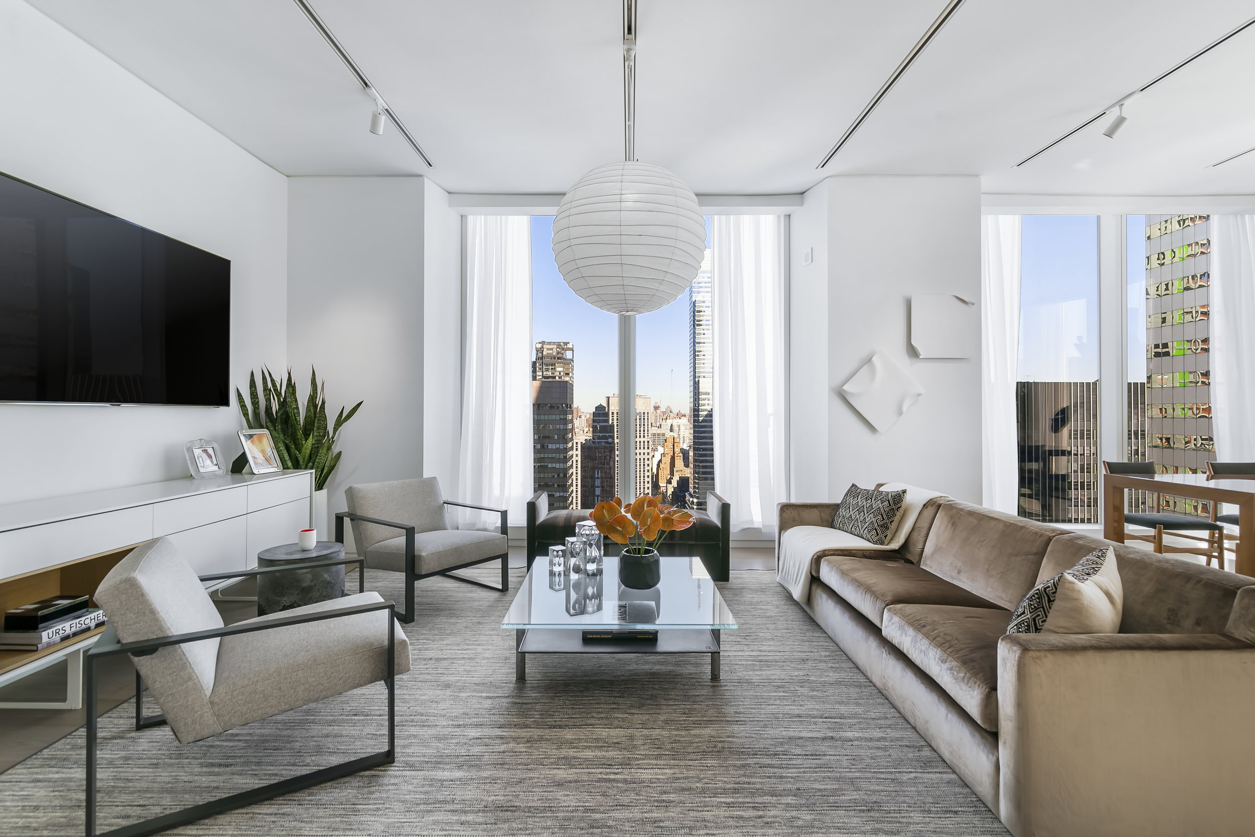 Foster + Partners & Aby Rosen Reveal Model Residences At 100 East 53rd Street