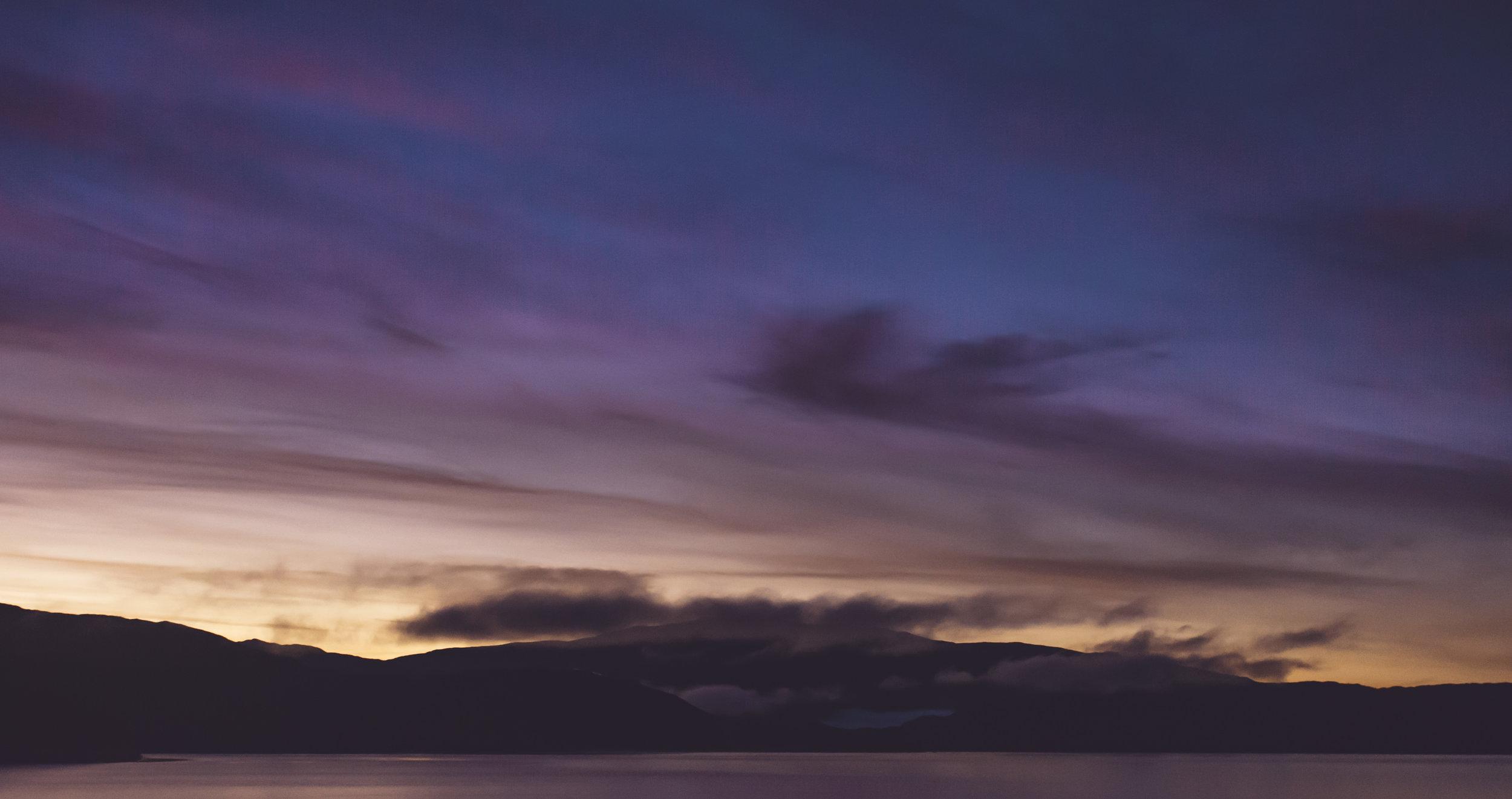 Sunrise at Lake Pehoe