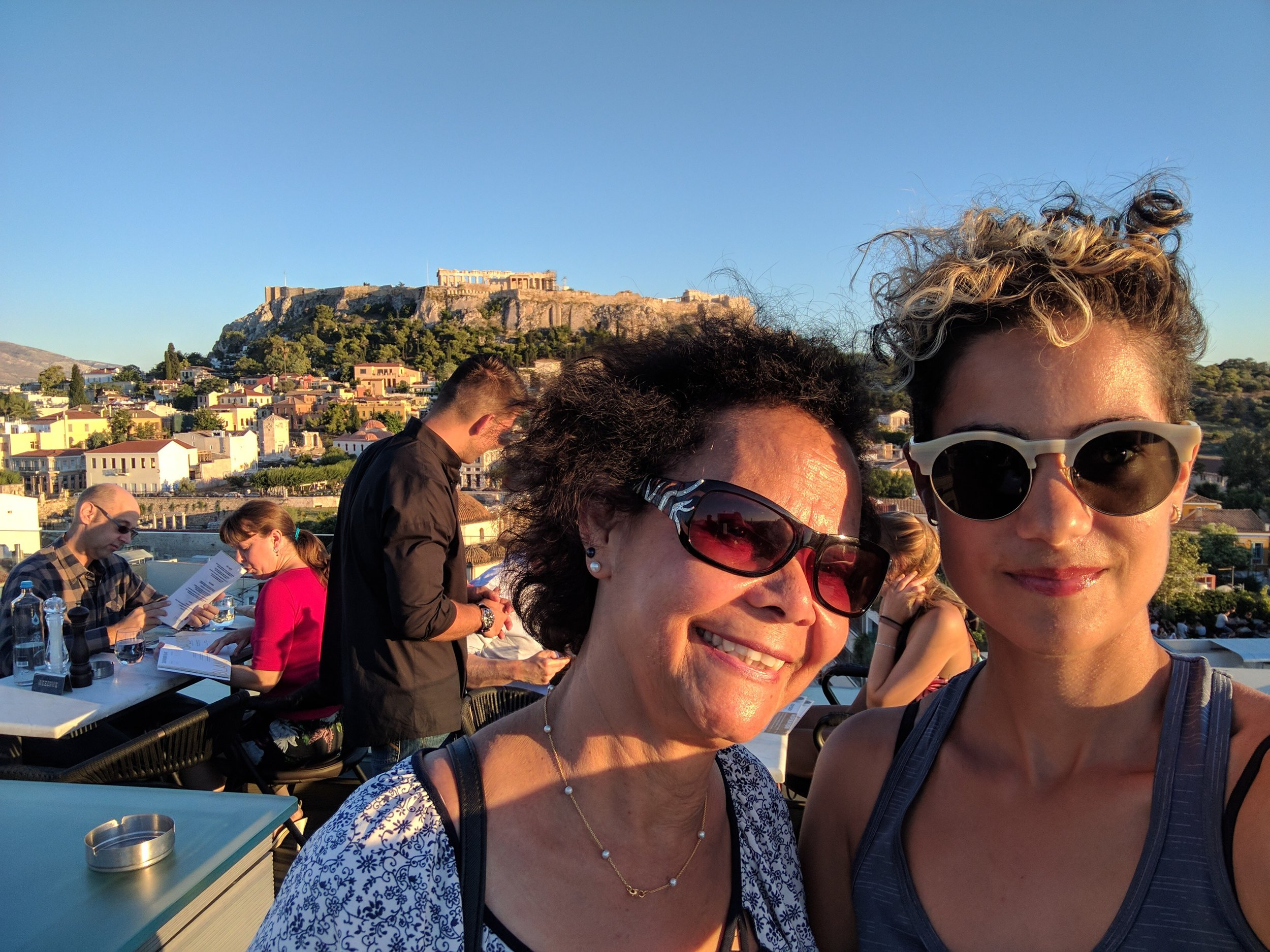 Rooftop bar + view of Acropolis = perfection
