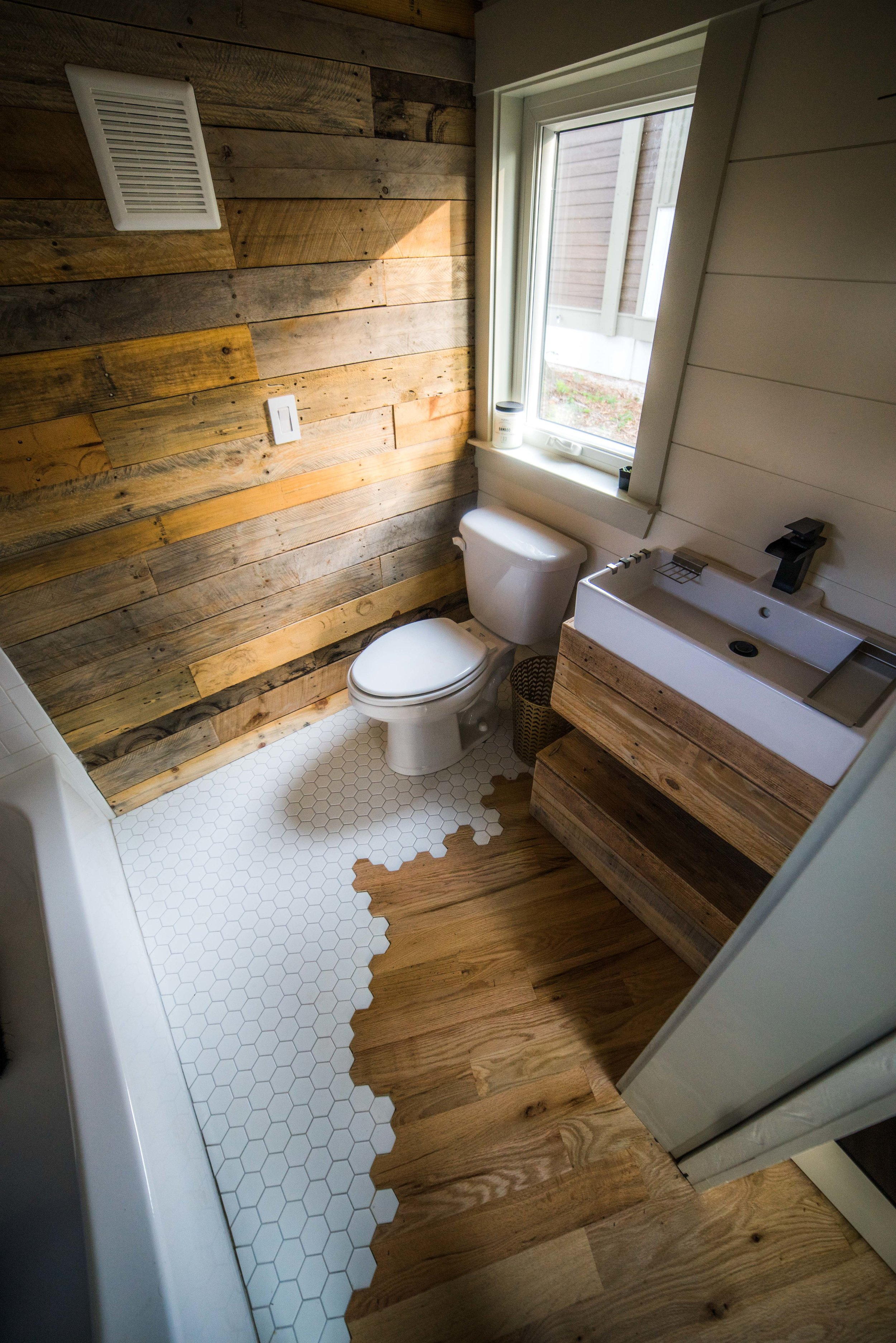 Colton's Tiny Home (11 of 22).jpg
