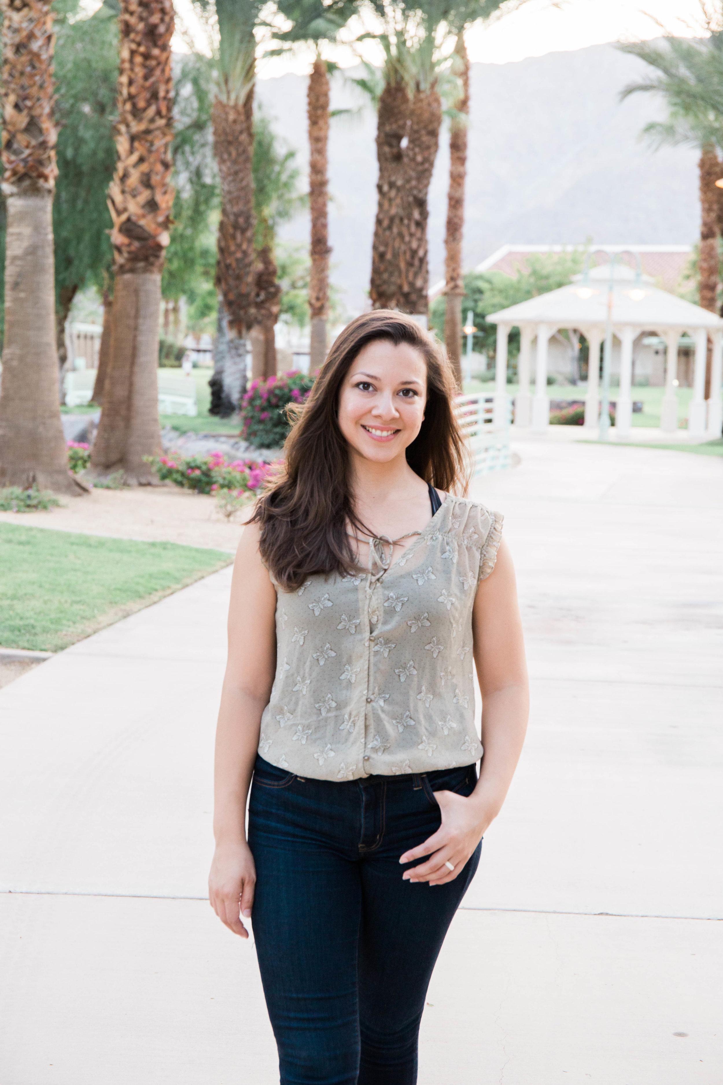 Olivia Avilez + Health//Wellness Holistic Coach & Yoga Instructor