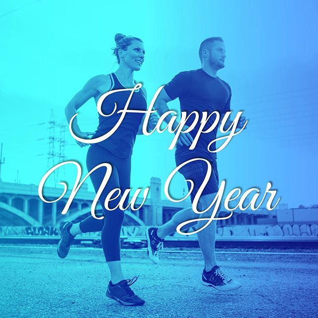 Happy New Year from FORMfirst to you! 💙  #HappyNewYear #FORMfirst #FORMfirstApps #PersonalTrainer  Photo by: @cmoscat