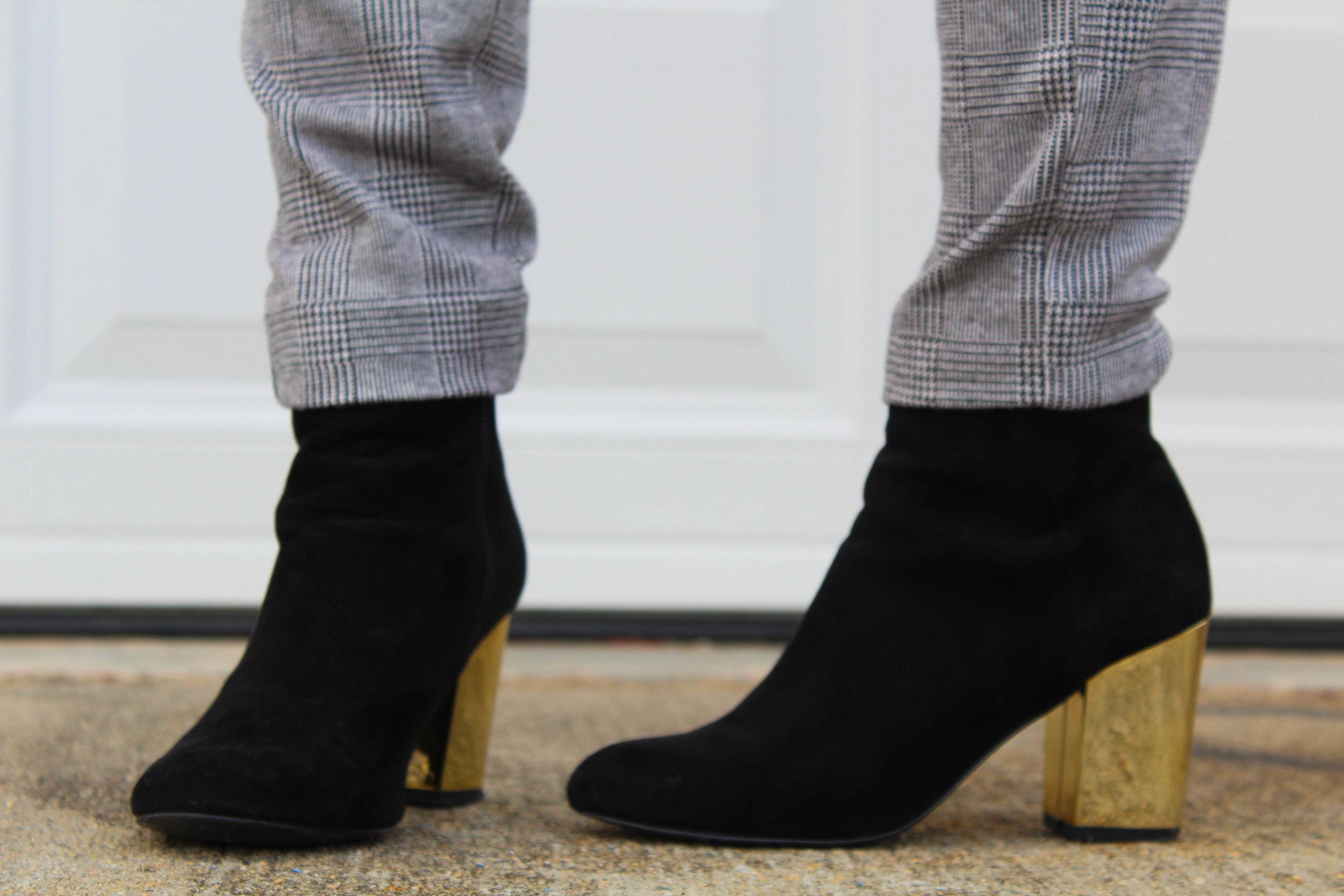 Black-gold heels-2985.jpg