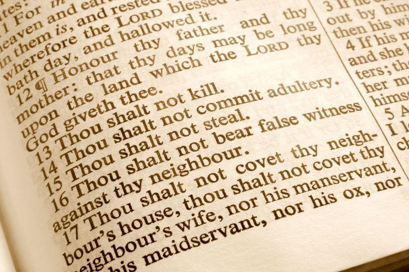 Living-the-10-Commandments.jpg