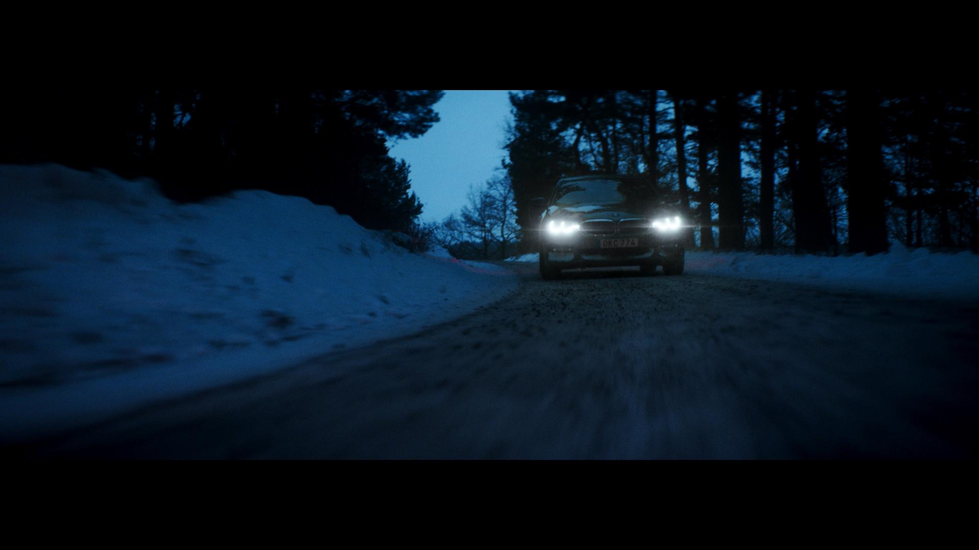 BMW+-+2min+(Resolve).00_00_26_11.Still005.jpg