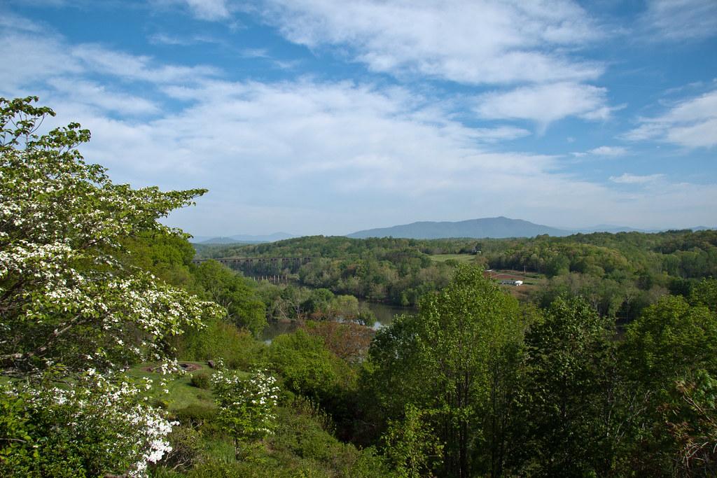 blue ridge mountains and james river near luynchburg va - home care in lynchburg virginia.jpg