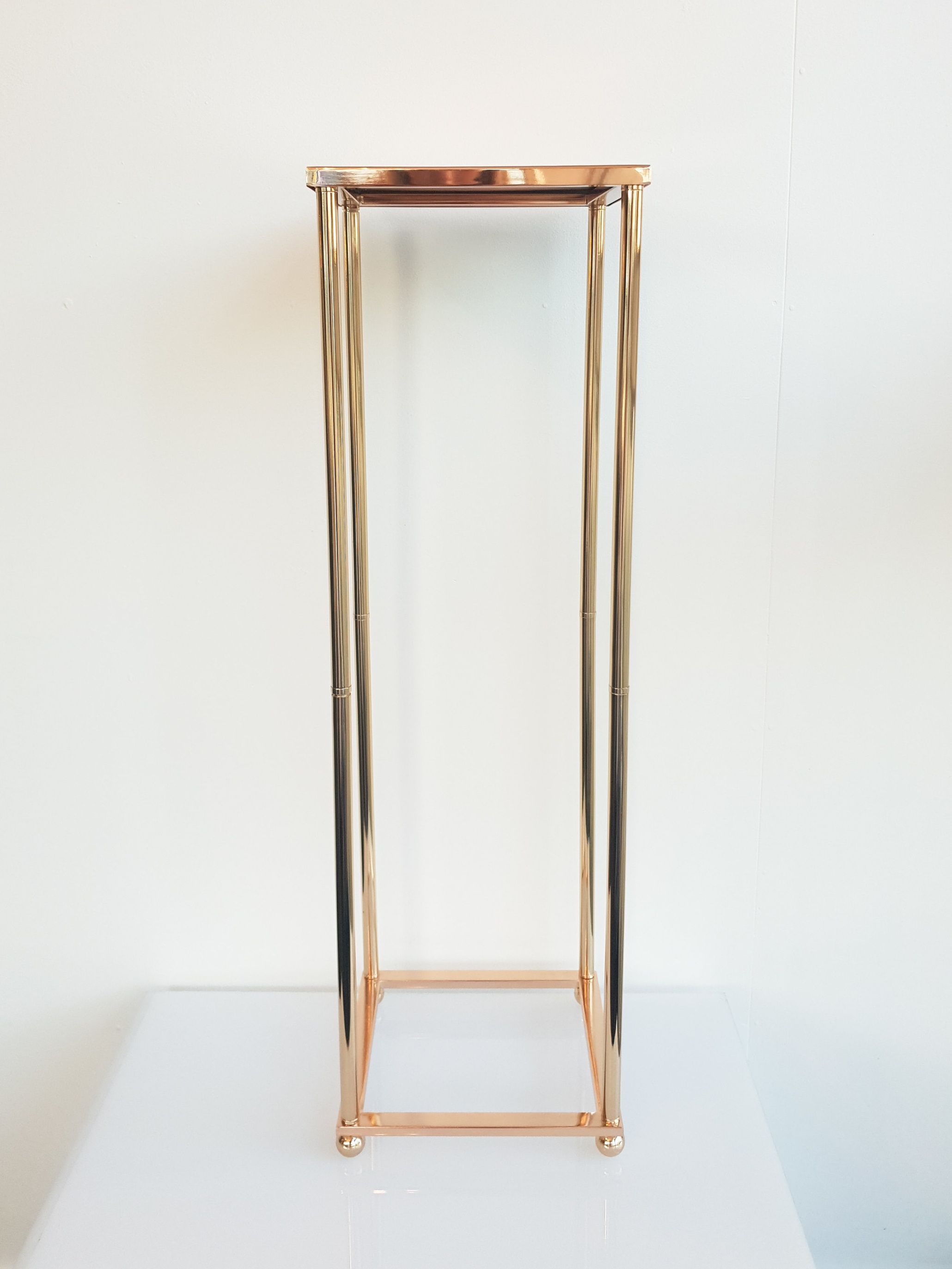 GOLD MIRRORED FLORAL STAND  $35+GST