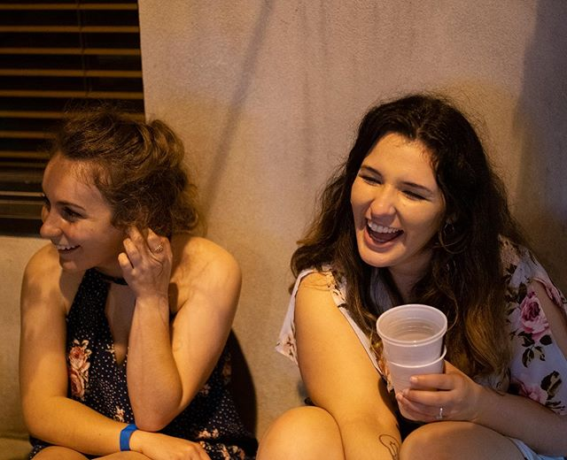 Always laughing with @toriblache • • 📸: @jake.s.goodman