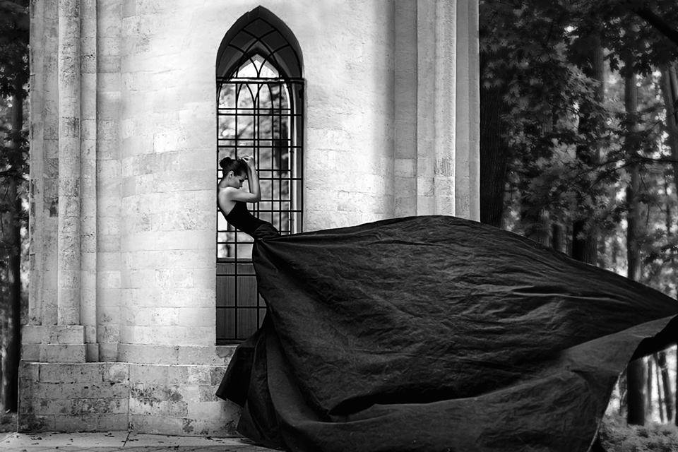 BW glamour gown outdoor pose wind portrait editorial.jpg