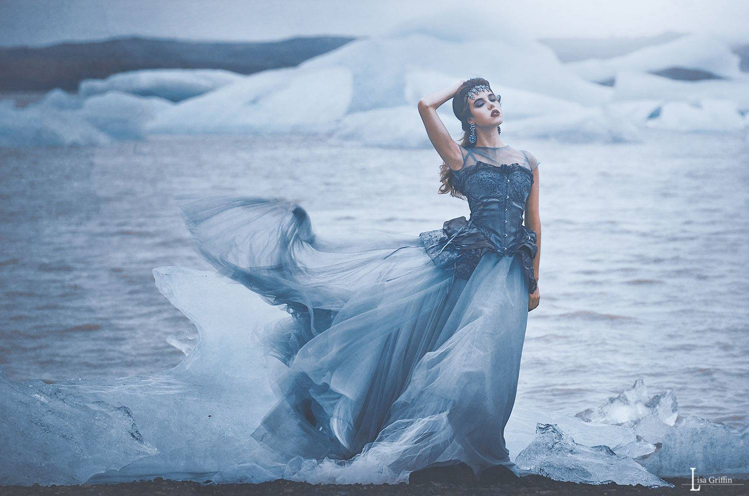 glamour fashion outdoor gown wind lake.jpg