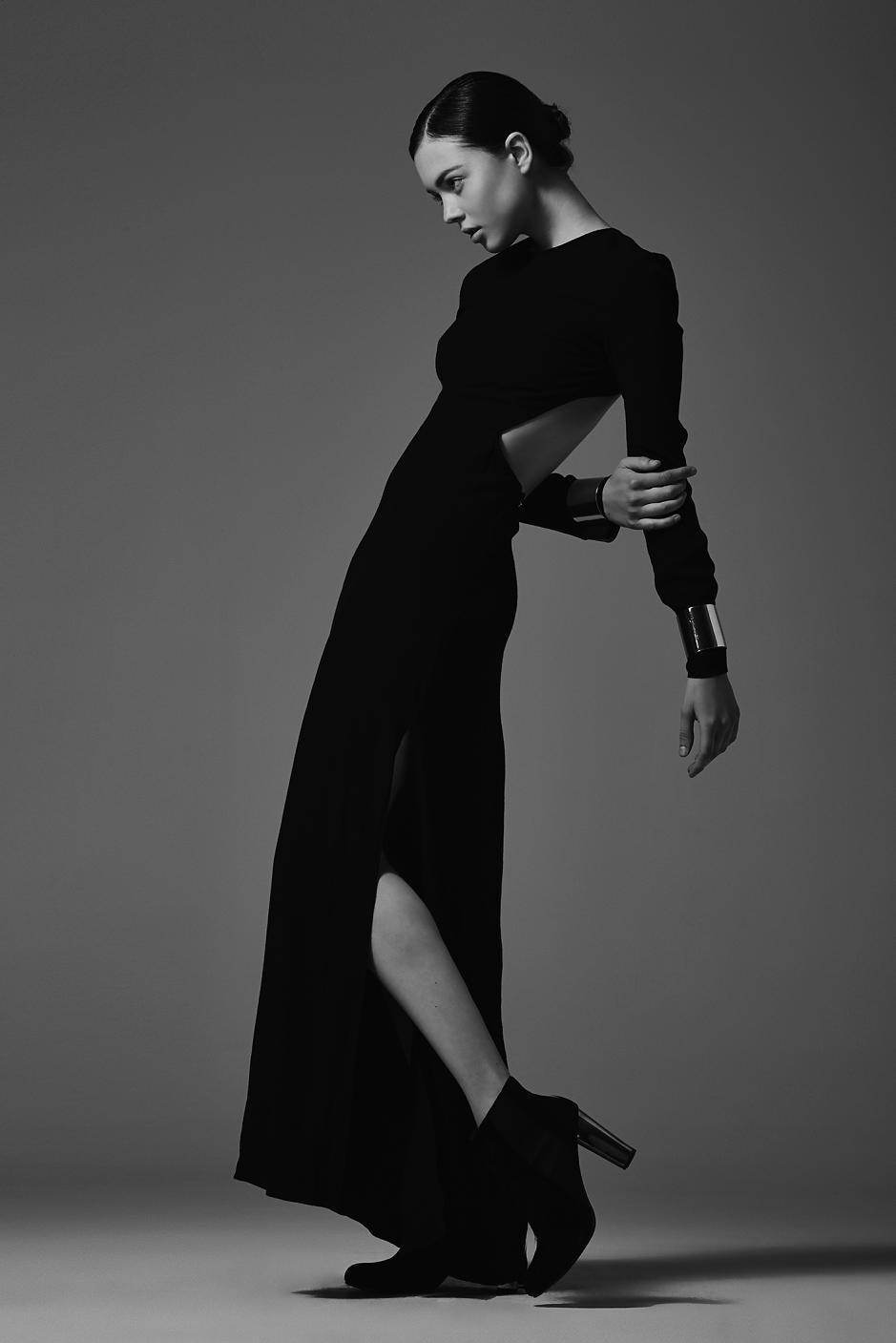 gown pose portrait fashion seamless glamour.jpg