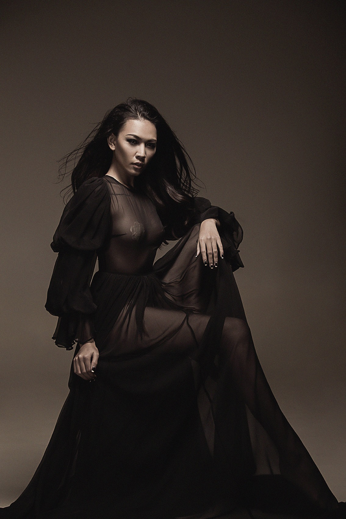 pose seamless lighting gown fashion glaour 2.jpg