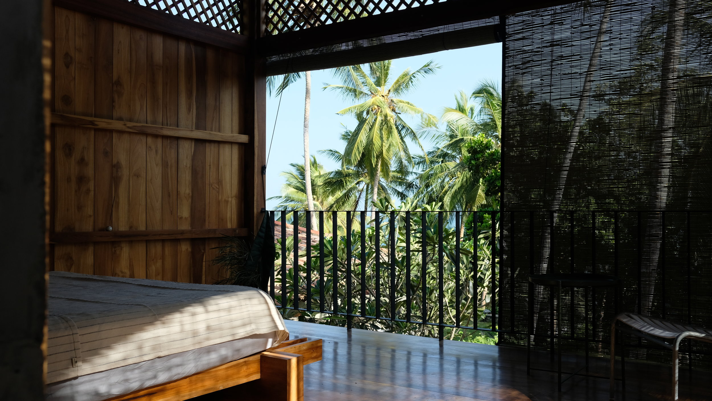 Mond_Treescape_Bed_Hiriektiya_Beach_Treehouse