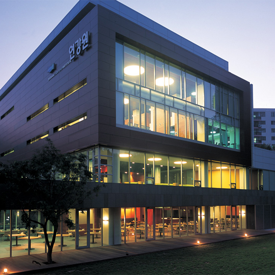 DOOSAN GROUP INSTITUTE