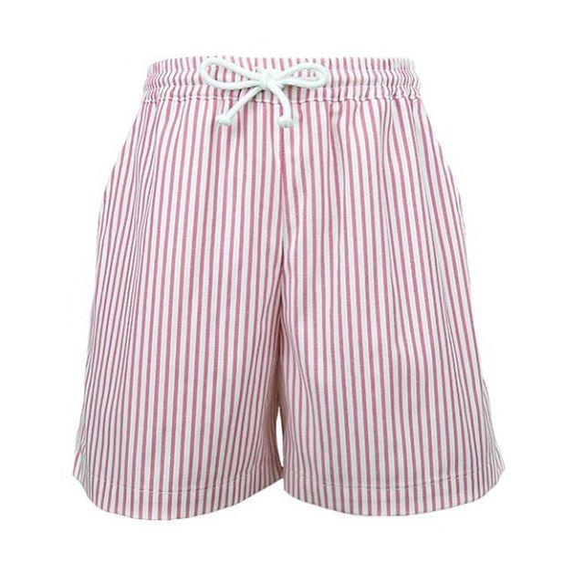 Dry fast is a must! 💦Pink stripe quick dry swimming trunks 🐙 || www.smartaleklondon.com || Shop Online #boyswearpink #swimwear #elegantbeach