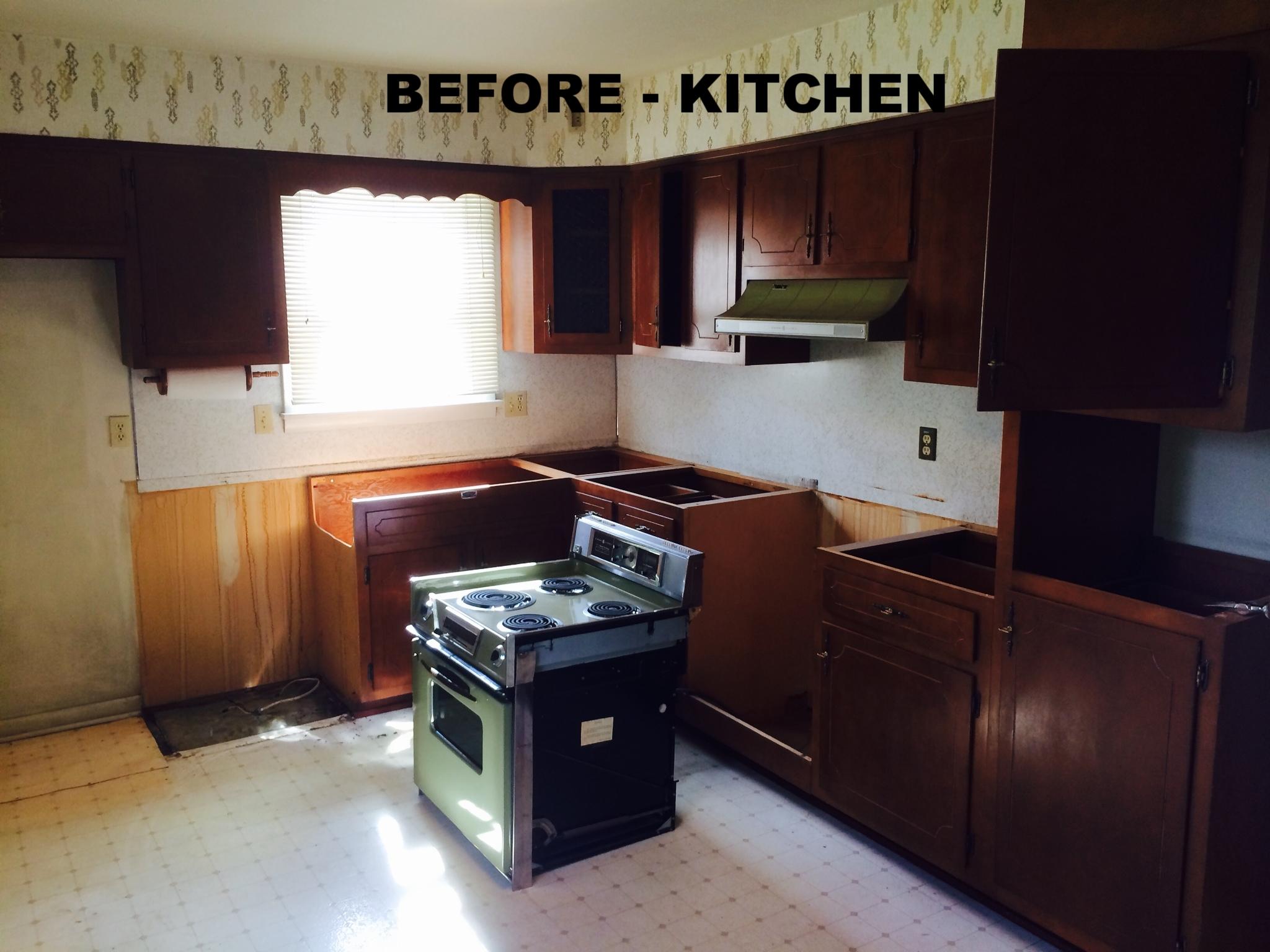 10.9.17_kitchen before.JPG