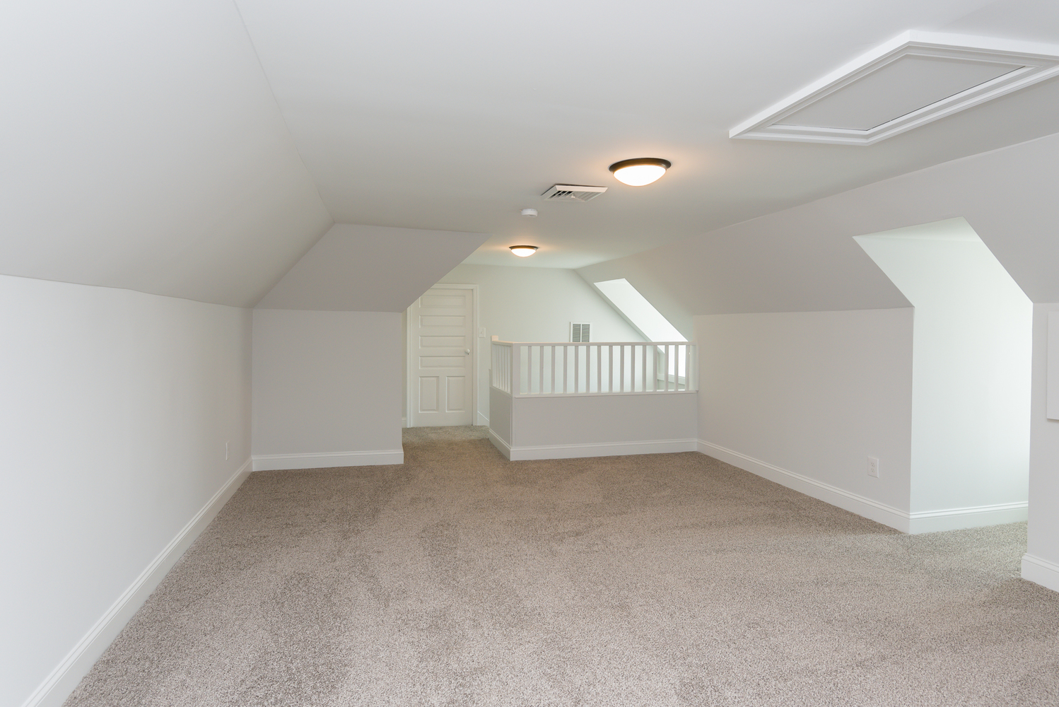 attic_step_room_1_of_1_.jpg