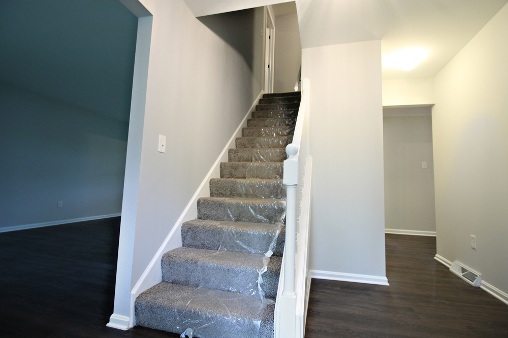 5 - OakSt-Stairs - Copy.jpg