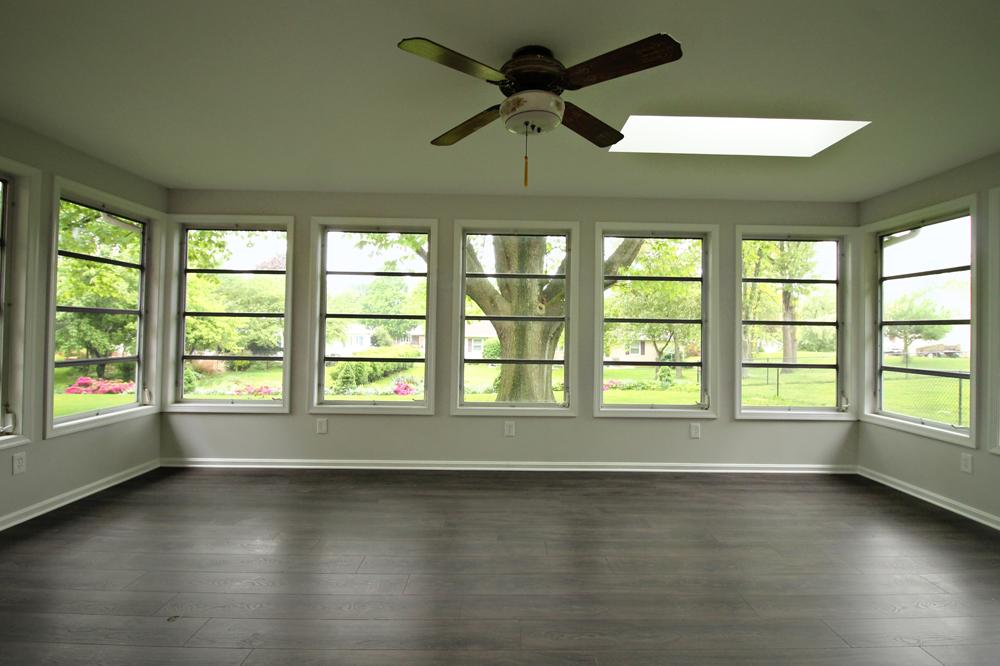 17 - Sunroom_OakSt-Porch.jpg