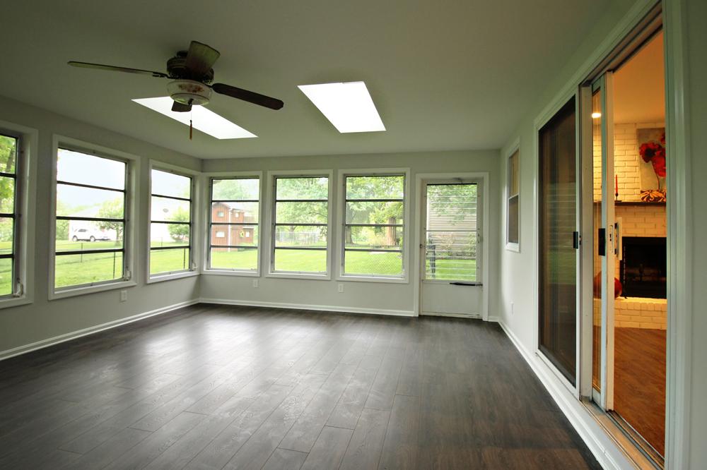 18 - Sunroom_OakSt-Porch2.jpg
