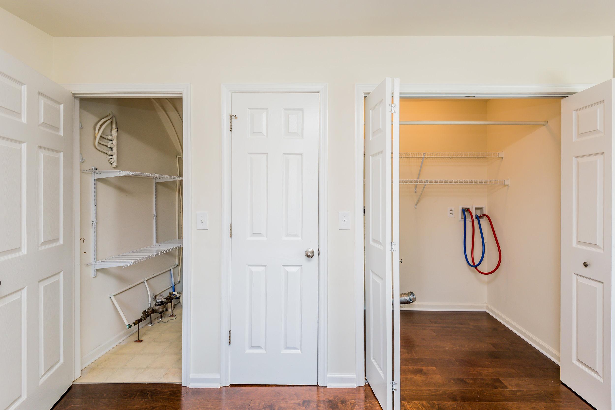 kitchen storage (1 of 1).jpg