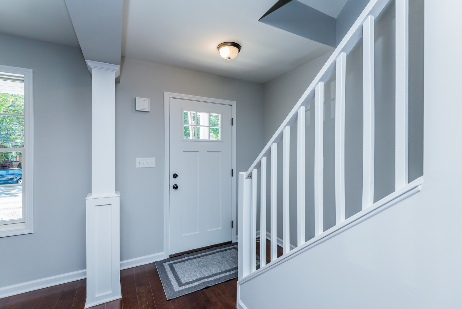 front_door_stairs_1_of_1_.jpg