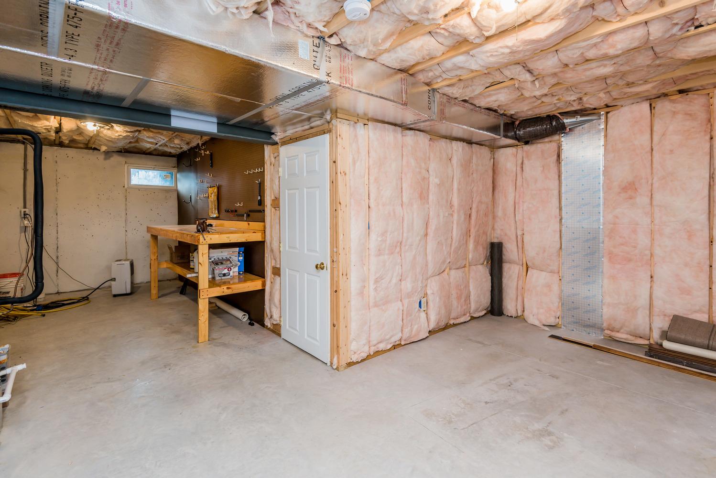 basement_utility_1_of_1_.jpg